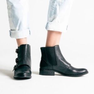 Freda Salvador Rose Boots